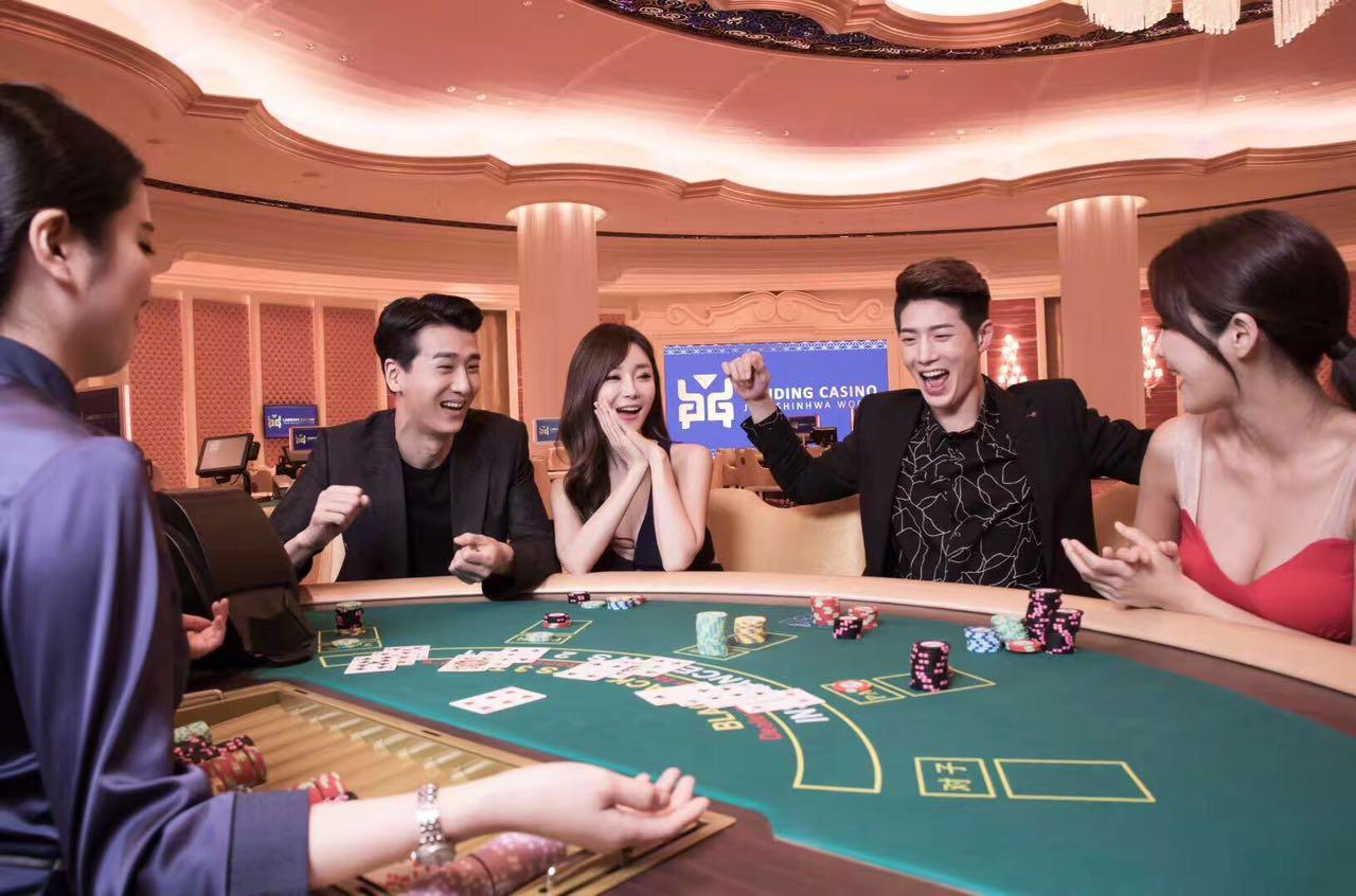 「濟州神話世界」藍鼎娛樂場設置155張賭枱