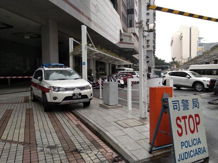 司警正追查換錢黨三漢涉持刀電槍搶劫賭客百萬港元的案件