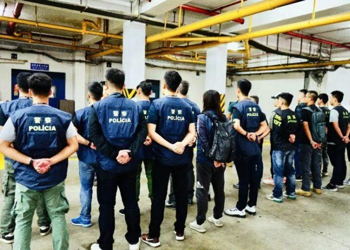 澳門海關及治安警聯手拘5男女涉炒賣黃牛船飛