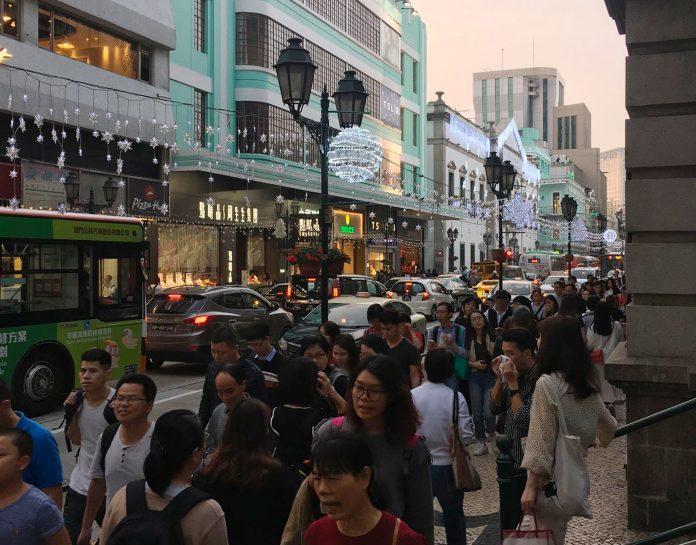 聖誕長假澳門人流暢旺5天吸引逾60萬旅客增長一成半