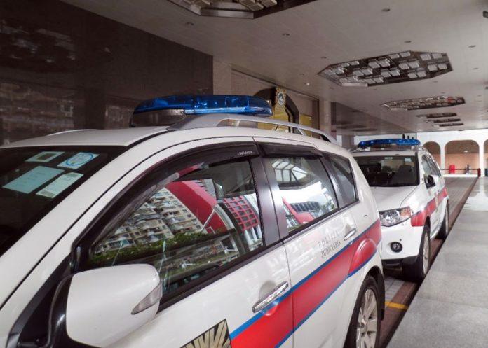 兩名內地漢涉高利貸文件索取或接收遭司警拘捕