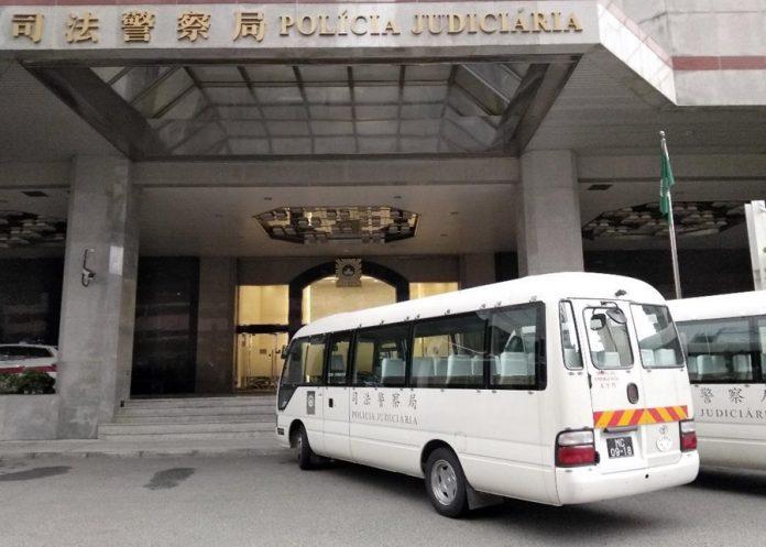 被捕港男涉加重盜竊被司警移交檢察院處理