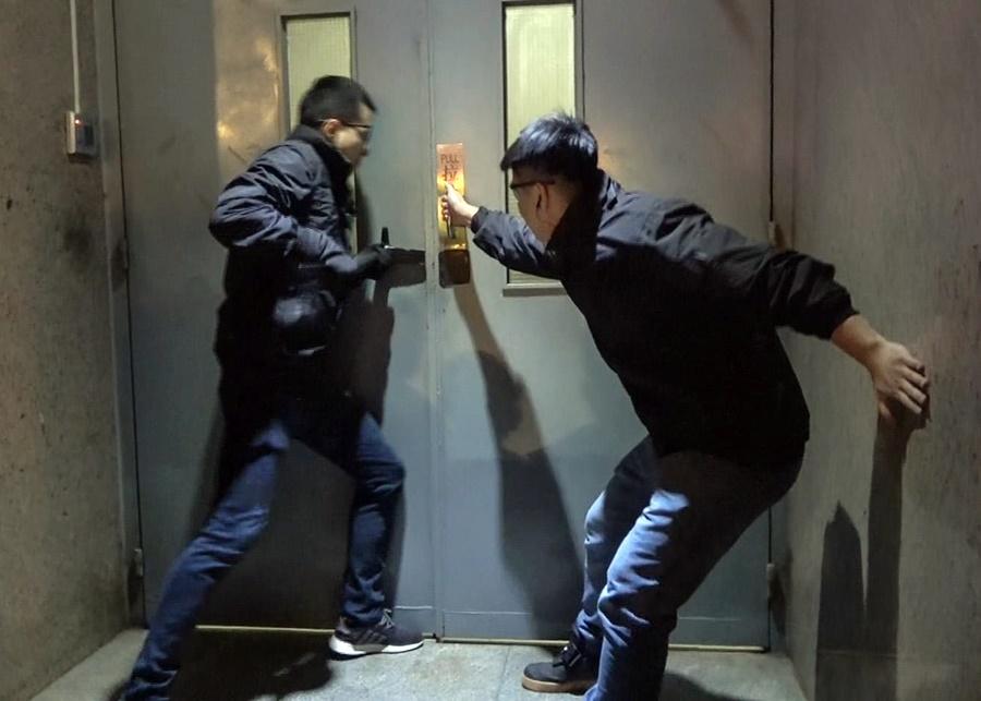 司警形容水療場內設置的密室隱蔽如非仔細搜查難以發現暗門