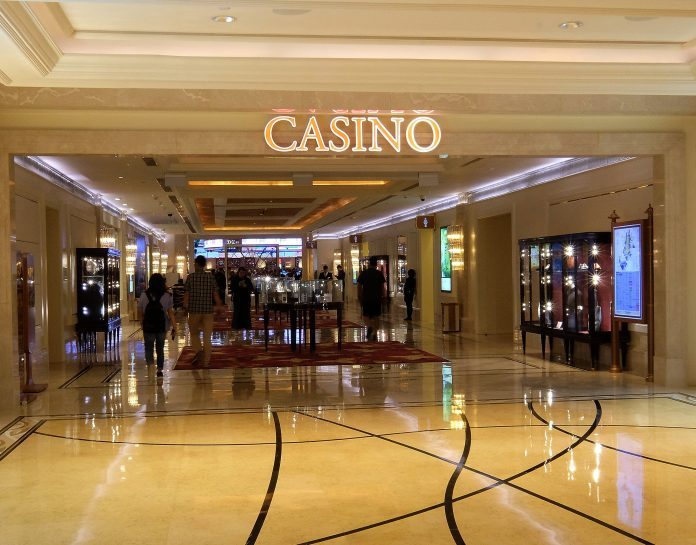 賭場禁足令周五生效 業內人士料執行困難憂最重罰款1萬未夠嚴