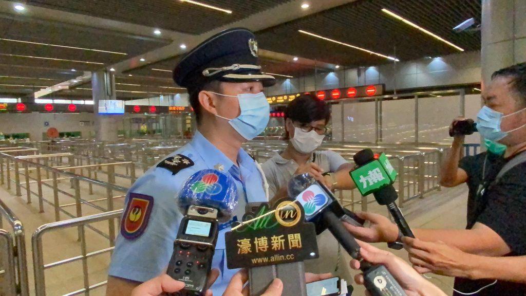 「開關」首11小時入境旅客千六人 關閘發財巴重開客少拍烏蠅