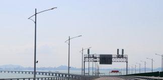 香港爆第三波疫情放寬通關更無期 港澳健康碼互認試行暫擱置