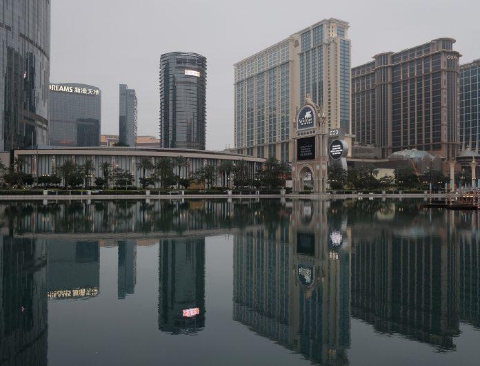 11月澳門酒店平均入住率升至43.9% 內地客40萬按年仍跌一半