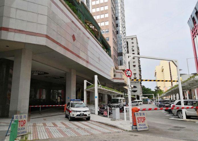 內地商人偷渡赴澳頂賭癮 賭廳女公關助租酒店住近1年齊被捕